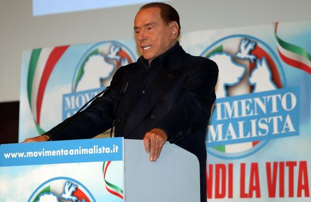 Silvio Berlusconi, 81, pitää maahanmuuttoa turvallisuusongelmana.