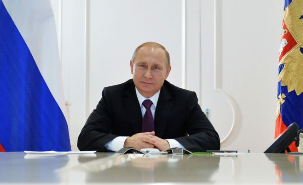Presidentti Vladimir Putin vaatii nyt ministereiltä ahkeruutta.