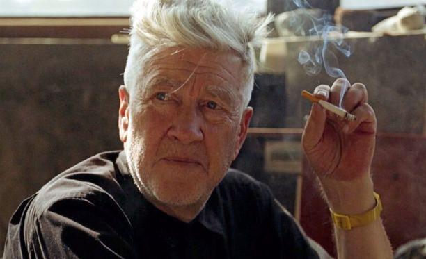 David Lynch on antanut dokumentin haastattelut kotonaan.