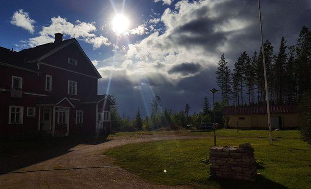 Lukijan lähettämässä kuvassa myrsky on saapumassa Parantalaan, Äänekoskelle.