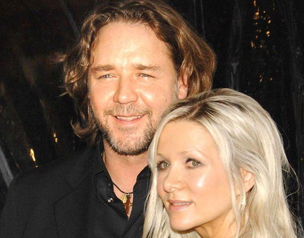 Russel Crowe ja hänen vaimonsa Danielle Spencer