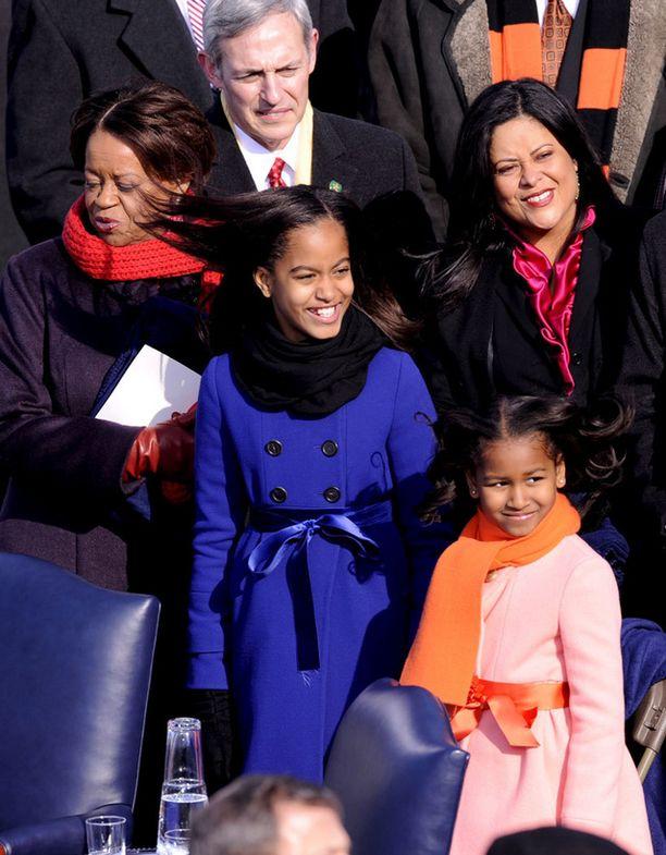 Sasha ja Malia Obaman ensimmäisissä virkaanastujaisissa vuonna 2009.