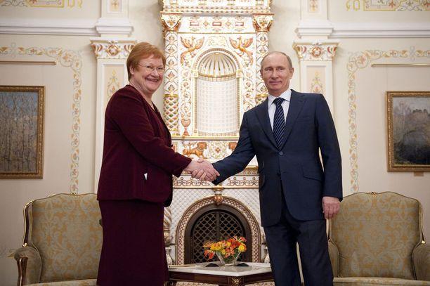 Presidentti Tarja Halosella ja Venäjän presidentti Vladimir Putinilla on ollut hyvin toimiva yhteys. Kuva vuodelta 2012.
