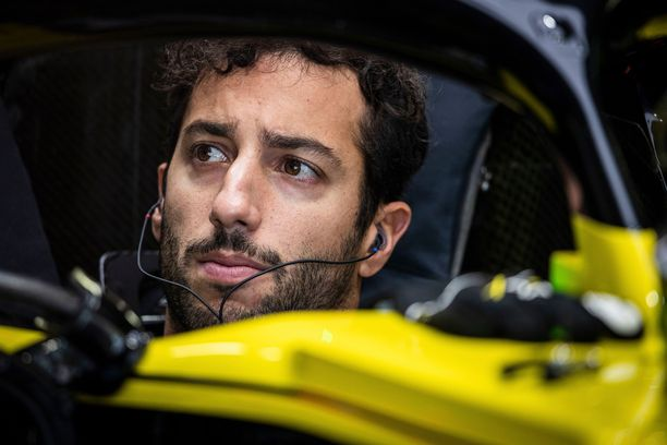 Daniel Ricciardo hylättiin Japanin GP:n jälkeen.