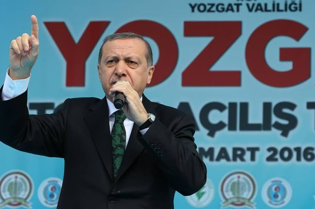 Turkin presidentti ei kestä itseensä kohdistuvaa kritiikkiä.