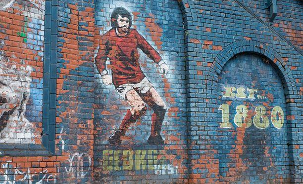 George Best elää Belfastissa Windsor Parkilla.