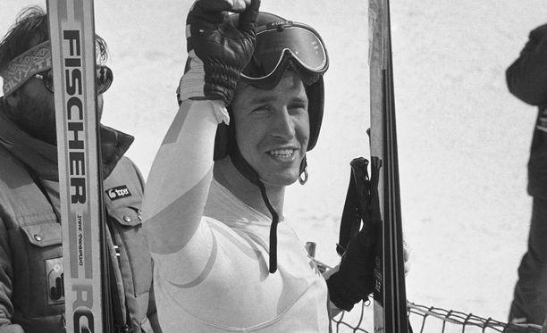 Bill Johnson juhli olympiakultaa vuonna 1984.