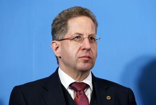 Useat saksalaispoliitikot ovat vaatineet Hans-Georg Maassenia eroamaan.