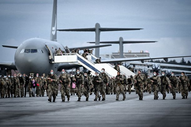 Saksan puolustusvoimien sotilaita palasi Afganistanista Saksaan Wunstorfin lentotukikohtaan 27. elokuuta.