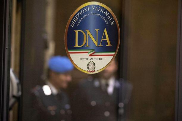 Italian mafiaa ja terrorismia tutkivan yksikön logo. 'Ndrangheta-rikollisjärjestö on ollut jo vuosia yksikön tutkinnan kohteena.