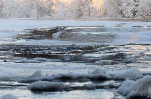Eteläiseenkin Suomeen on pakkasten myötä luvassa jäätä ja lunta.