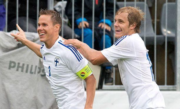 Niklas Moisander ja Teemu Pukki eivät välttämättä kohtaa tänään kentällä.