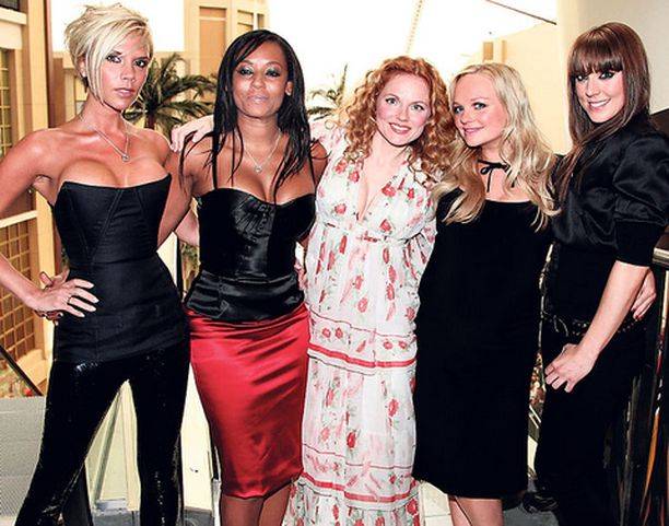 SEKSIKÄS SHOW. Spice Girlsin paluukeikoilla nähdään eroottista tankotanssia.