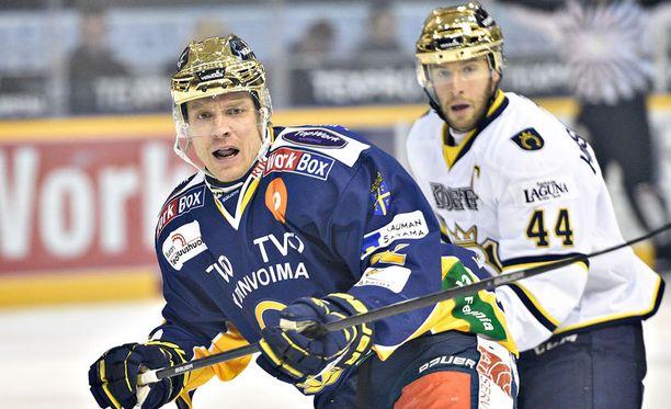 Ville Vahalahti (edessä) ja Kim Hirschovits kohtaavat tänään Raumalla.
