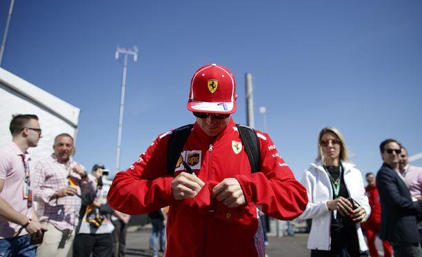 Kimi Räikkönen ihmetteli kisan tylsyyttä.