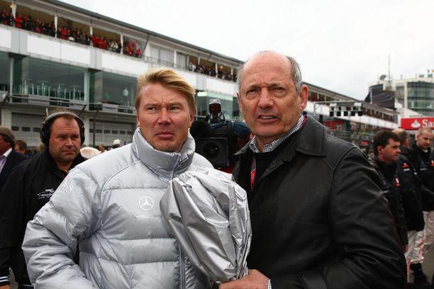 Mika Häkkinen on uransa jälkeenkin ylistänyt Ron Dennisiä.