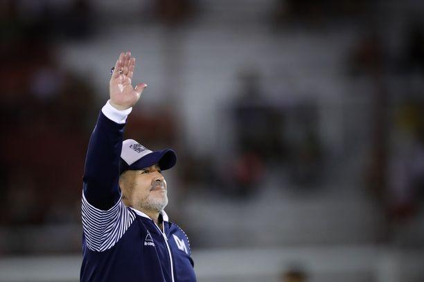 Diego Maradona työskenteli viimeiseen päiväänsä asti Gimnasia de La Platan päävalmentajana.