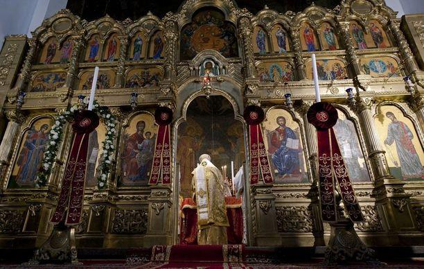 Oikeus katsoi, että ortodoksipappia oli syrjitty muun muassa isyysvapaan pitämisen vuoksi. Kuvituskuva.