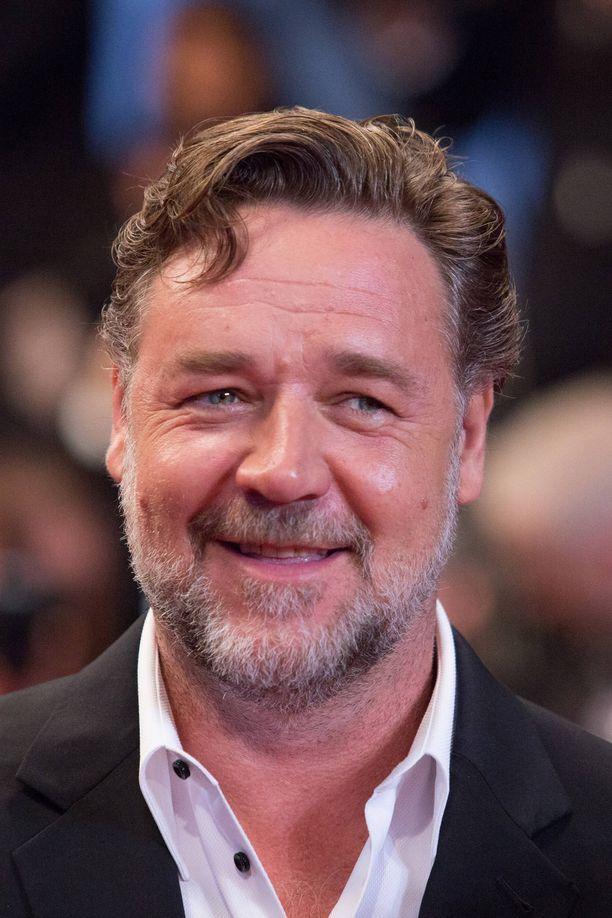 Russell Crowe ikuistettuna Cannesin elokuvajuhlilla vuonna 2016.