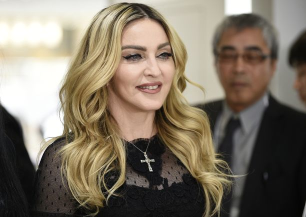 Fanit hämmentyivät Madonnan tuoreesta Instagram-videosta.