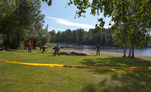 Uimaranta on eristetty etsintöjen ajaksi.