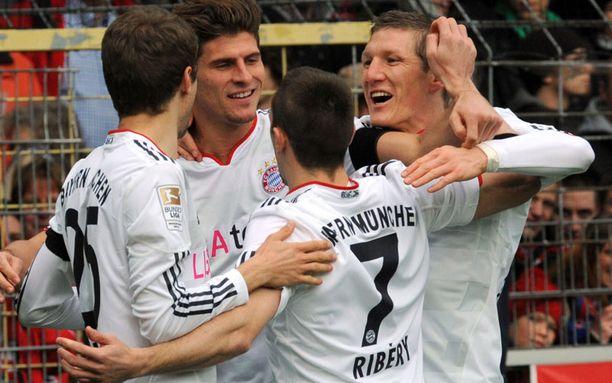 Bayernin tähdet matkaavat Japaniin.
