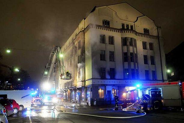Ravintola Ostrobotnian juhlakerroksen kabinetti tuhoutui lauantaisessa palossa.