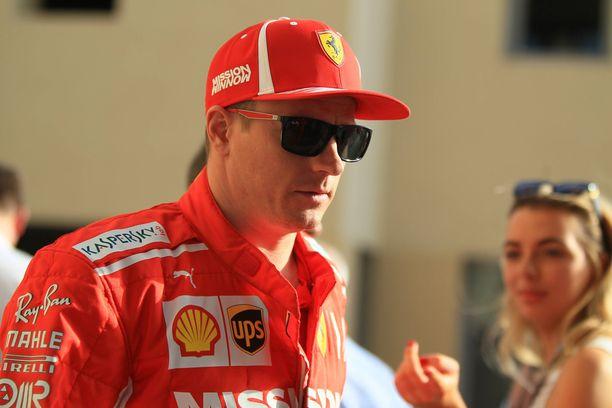 Kimi Räikkönen ajaa tiistaina ensimmäistä kertaa Sauberilla vuoden 2001 jälkeen.