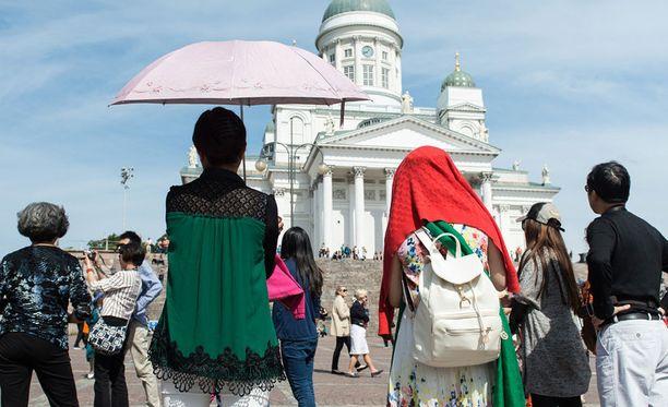 Japanilaisturistia huijattiin vajaa viikko sitten Helsingissä. Kuvituskuva.