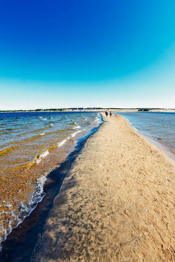 Kalajoki tarjoaa upeita ulkoilureittejä ja tekemistä, vaikka varsinainen rantakausi onkin jo takana.