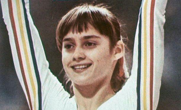 Nadia suunnitteli vuosia loikkaustaan USA:han, jonne myös hänen valmentajansa vaimoineen oli päätynyt jo aiemmin.