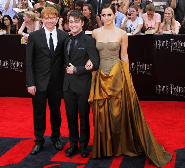 Harry Potter -leffojen päätähdet Rupert Grint, Daniel Radcliffe ja Emma Watson.