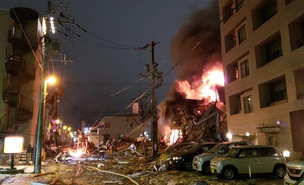 Räjähdystä seurasi raju tulipalo.