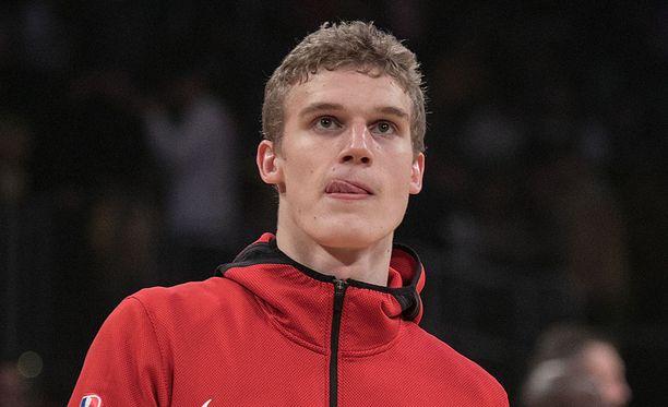 Lauri Markkanen jätti eilen Chicagon treenit väliin.