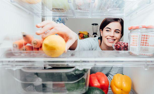 Siisti jääkaappi ei tuoksu, ja löydät elintarvikkeet sieltä helposti.