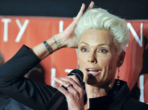 Brigitte Nielsen on ollut viidesti naimisissa ja hänellä on ennestään neljä lasta.