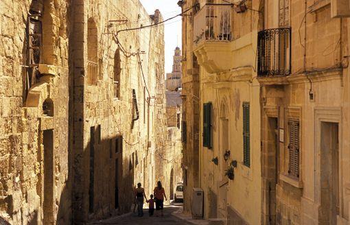Maltan kaduilla on paljon nähtävää.