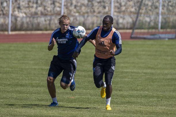 HSV:n Joel Pohjanpalo harjoitteli lauantaina.