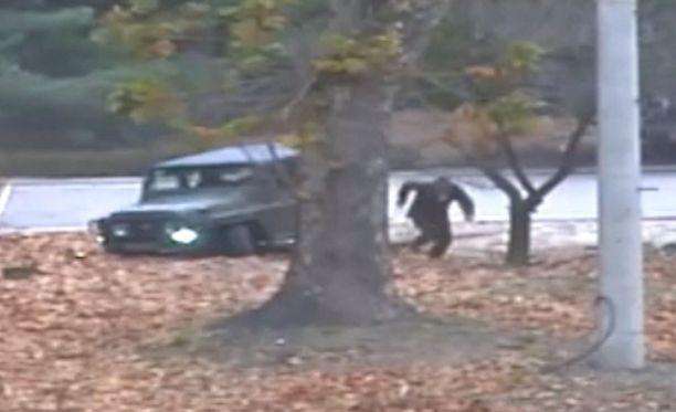 Rajavartija loikkasi dramaattisesti Etelä-Koreaan 13. marraskuuta.