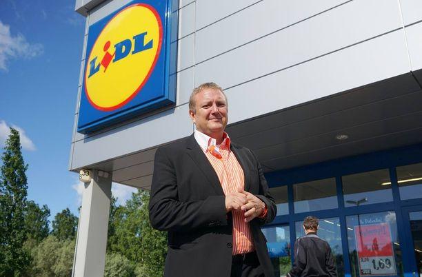 Suomen Lidlin toimitusjohtaja Lauri Sipponen pitää tulevaisuuden trendinä kansainvälistymistä.