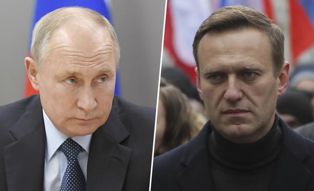 Venäjän presidentti Vladimir Putin (vas.) ei pidä oppositiojohtaja Aleksei Navanyin (oik.) myrkytystä rikostutkinnan arvoisena.
