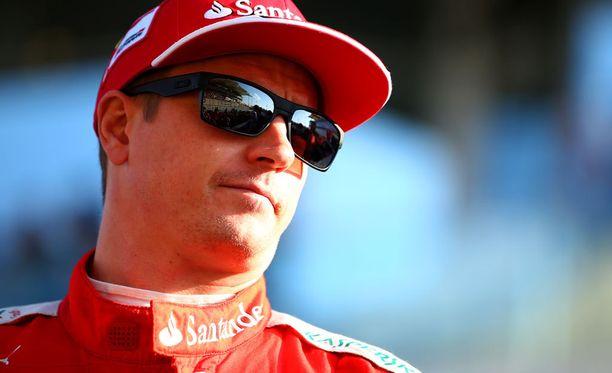 Kimi Räikkönen on mukana hyväntekeväisyystempauksessa.