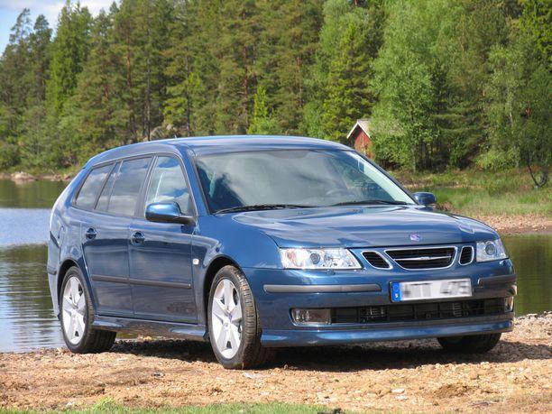 Saabin eri versioita saa Ruotsista edullisesti itse haettuna.