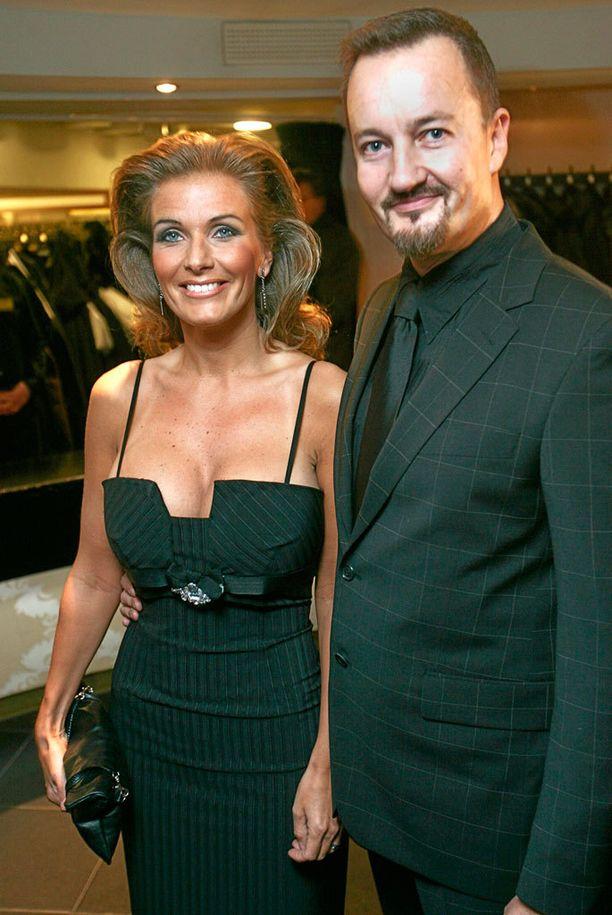 Saarelan ja Tanja Karpelan avioliitto herätti paljon mediahuomiota. Kuva vuodelta 2007.