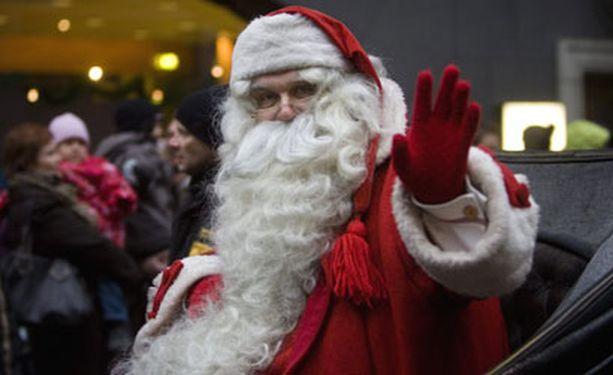 Virallinen joulupukki pistäytyi viime viikonloppuna Helsingin joulukadun avajaisissa.