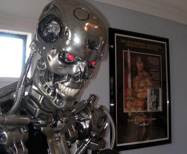 Schwarzenegger-museossa on paljon tähden itsensä lahjoittamia esineitä.