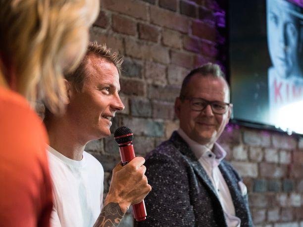 Kimi Räikkönen ja Kari Hotakainen kertoivat kirjaprojektista 16. elokuuta Helsingissä järjestetyssä tilaisuudessa.
