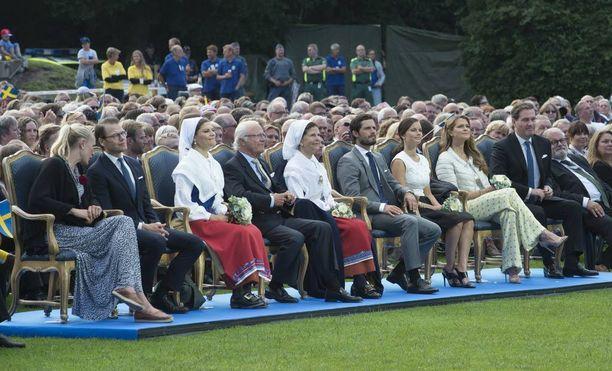 Koko kuningasperhe osallistuu tänä vuonna Victorian juhliin. Kuva viime vuodelta.