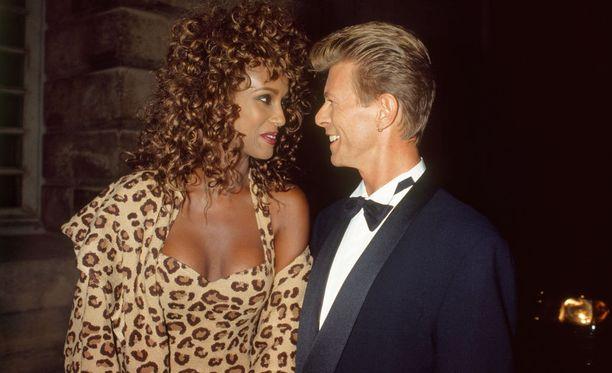 Iman ja Bowie olivat todella näyttävä pari 1990-luvulla. Kuva vuodelta 1995.