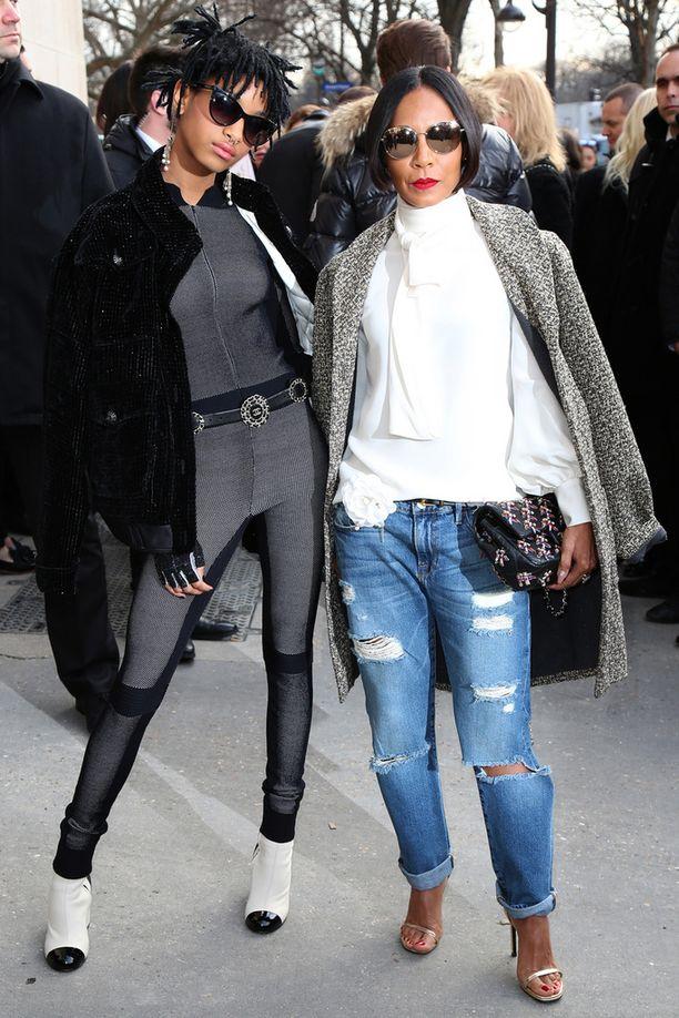 Willow ja Jada-äiti tällä viikolla Pariisissa muotiviikoilla.